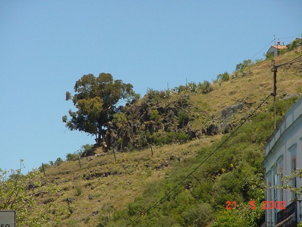 2001-Tratamiento-de-taludes-en-la-GC-15-Las-Lagunetas-Cabildo-de-Gran-Canaria-RCA-y-Barrera-dinamica-1170x878