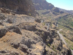 2002.-Barrera-dinamica-en-la-GC-210-entre-Tejeda-y-Artenara.-Cabildo-de-Gran-Canaria-1170x878